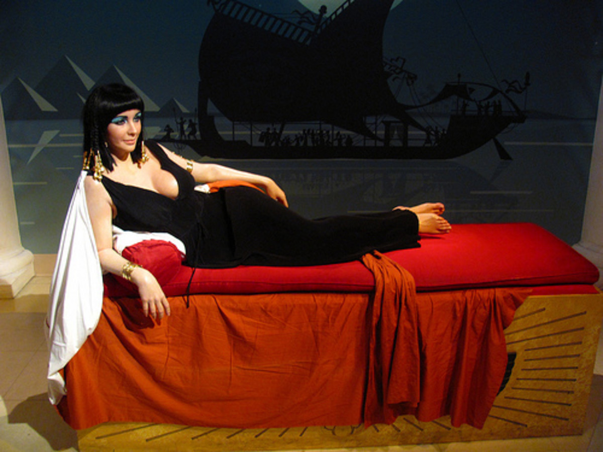 """Elizabeth Taylor/Cleopatra figure at Madame Tussauds Hollywood"" by Loren Javier"