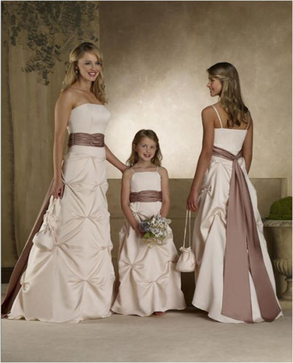 photo credit: jaksflowergirldresses.com