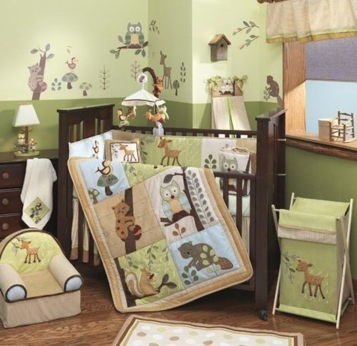 Lambs & Ivy Enchanted Forest room