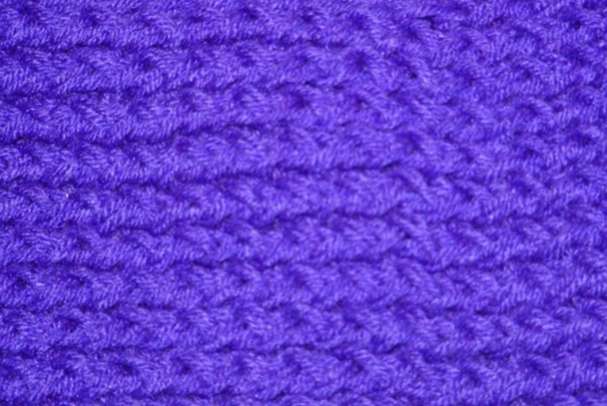 Close-up of the purple scarf.