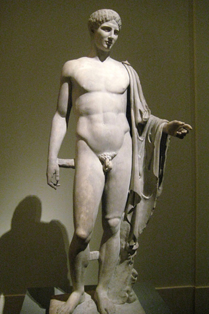 The male body as it was represented in Ancient Greece - As a sensual, erotic symbol of beauty