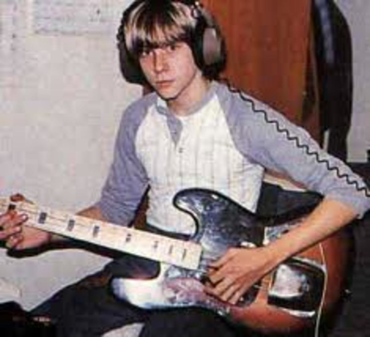 its-better-to-burn-out-than-fade-away-the-kurt-cobain-story