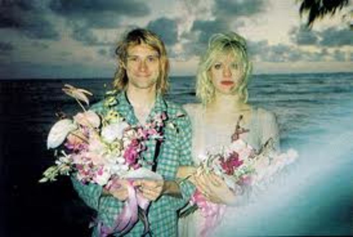 Cobain and Love at their Waikiki Beach wedding