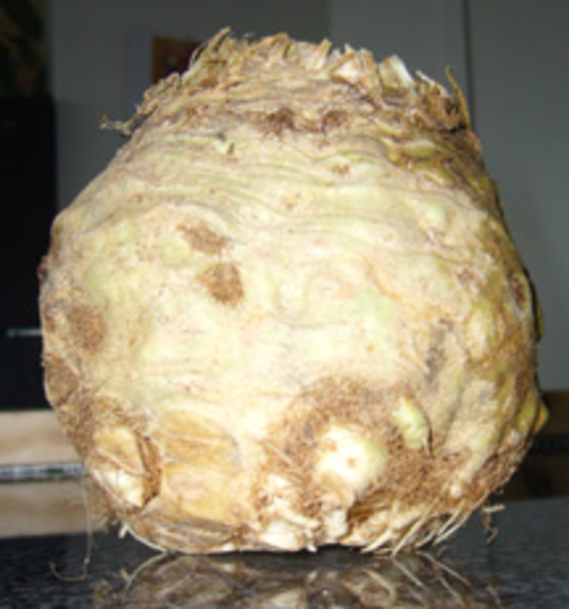 Celery Root as a Substitute for Potatoes (Including Two Simple Recipes and Nutrition Data)