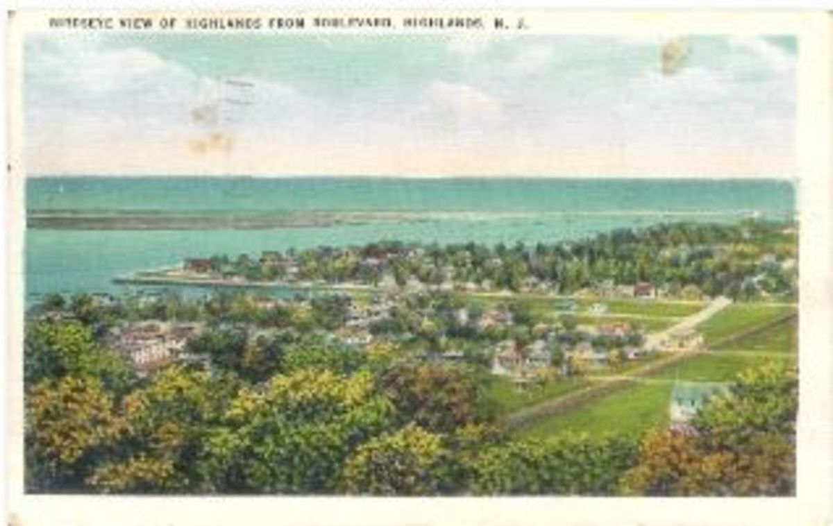 """Birdseye View of the Highlands from Boulevard, Highklands, N.J. Published by Tichnor Brothers"