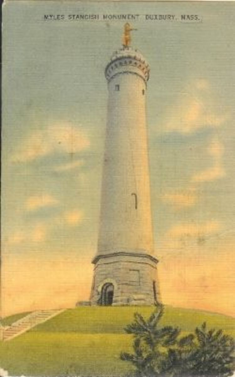 Postcard-Mile-Standish-Monument