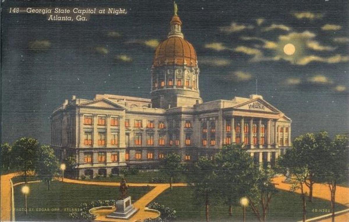 Postcard-Georgia-State-Capitol-1944