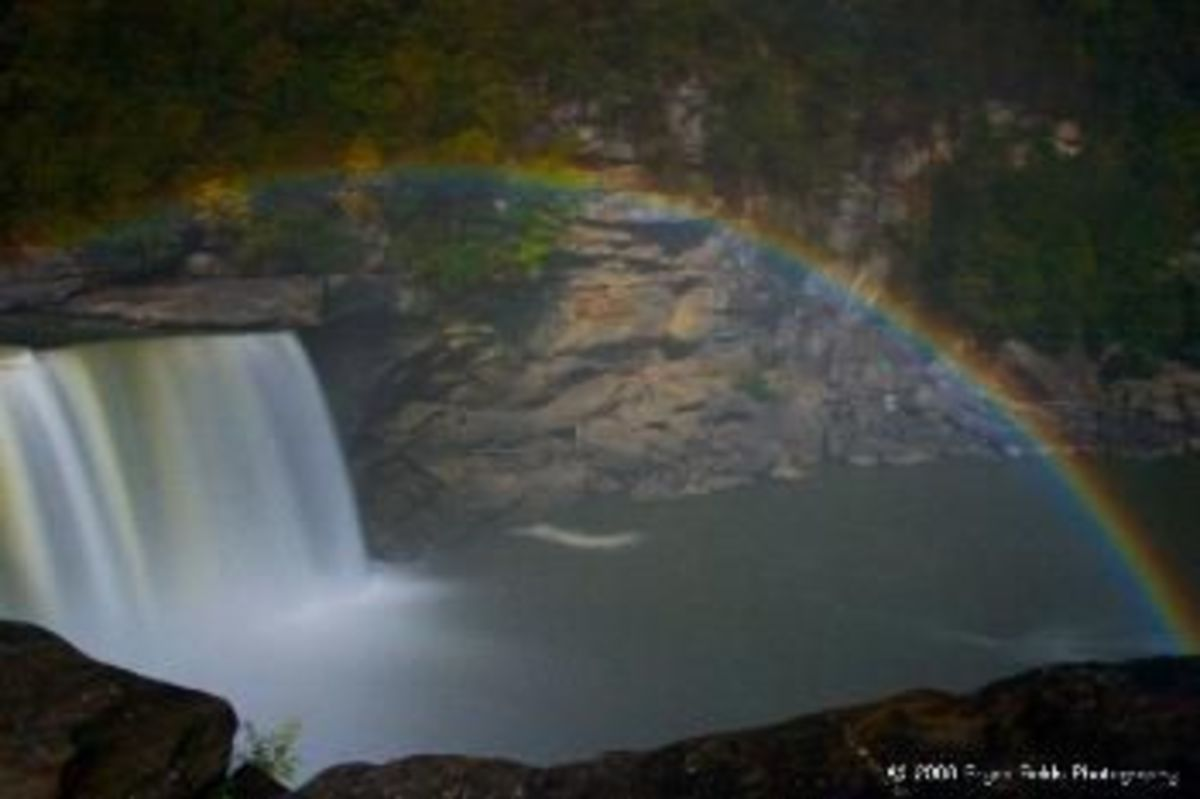 Moonbows are a rare phenomenon. One is at Victoria Falls in Africa. Sometimes, a seasonal lunar rainbow can be seen at Yosemite Falls in California, and a smaller one at Niagara Falls in New York state.