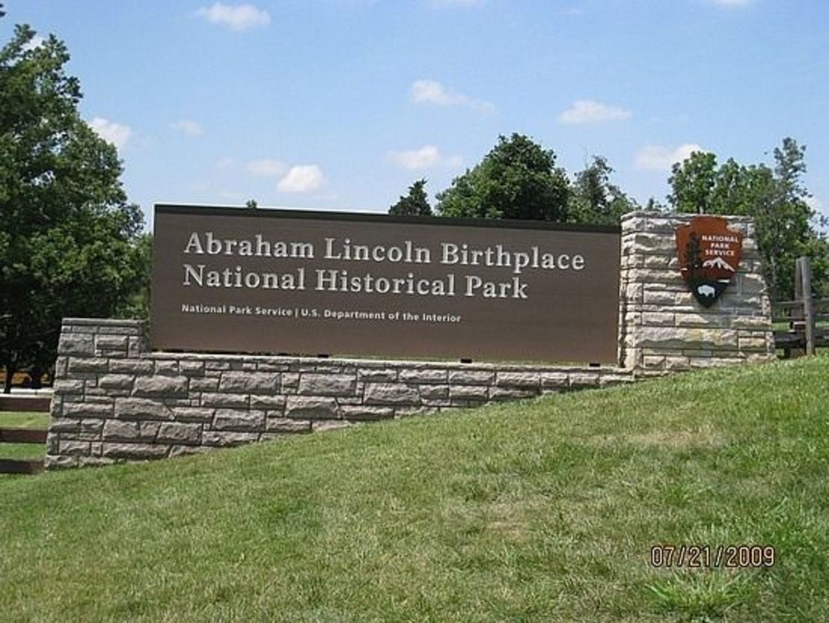 Thomas and Nancy Lincoln lived in a one-room log cabin on Sinking Spring Farm in Hodgenville, KY. Abraham Lincoln was born there on February 12, 1809.