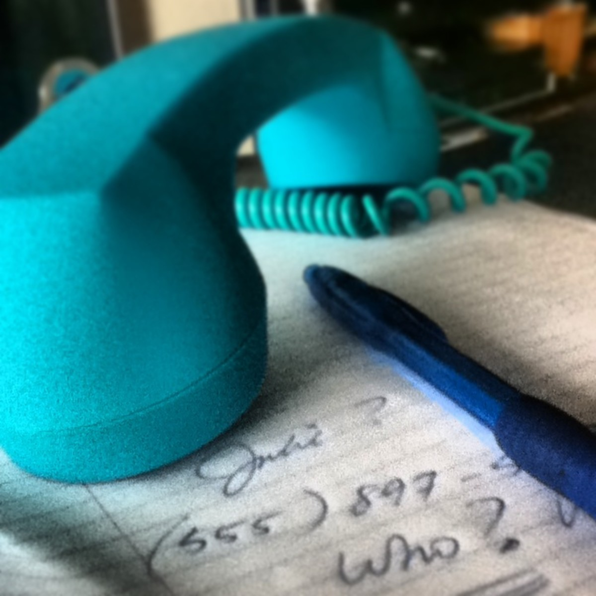 How to Leave a Professional Voice Mail Message
