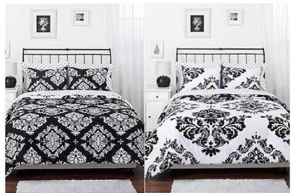 Queen Damask Reversible Black White Comforter Set