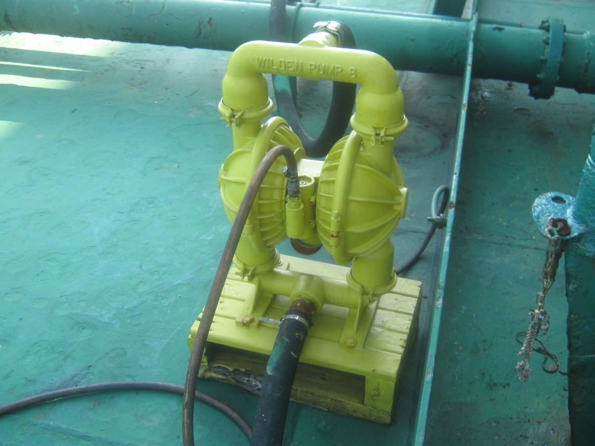 WILDEN PUMP - AIR DRIVEN PUMP USED FOR OIL SPILL CONTAINMENT