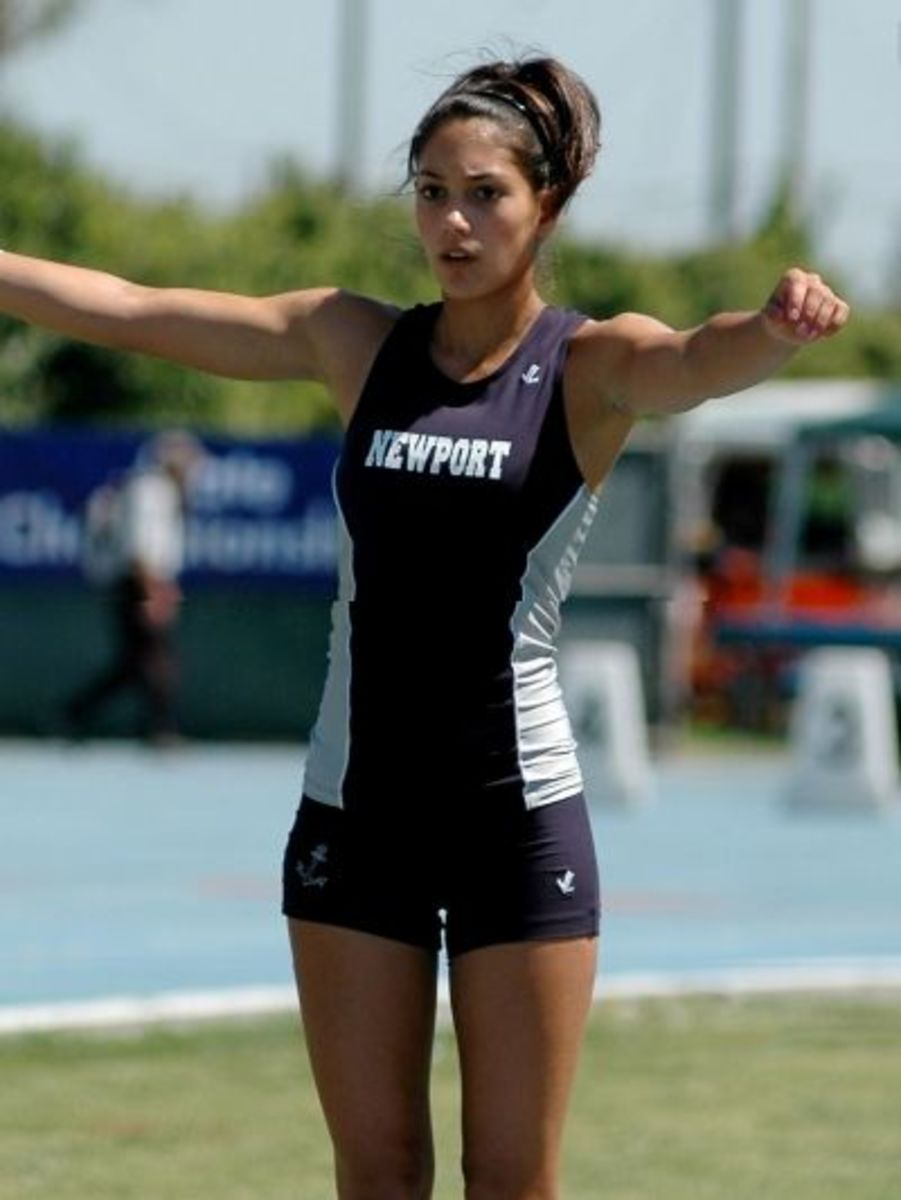 Allison Stokke takes a pose
