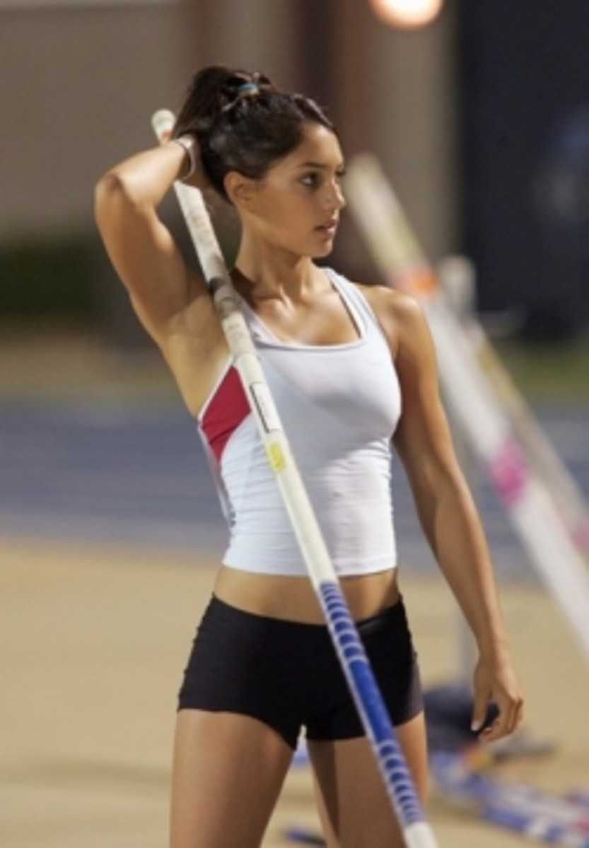 Allison Stokke Hot Story and Biography