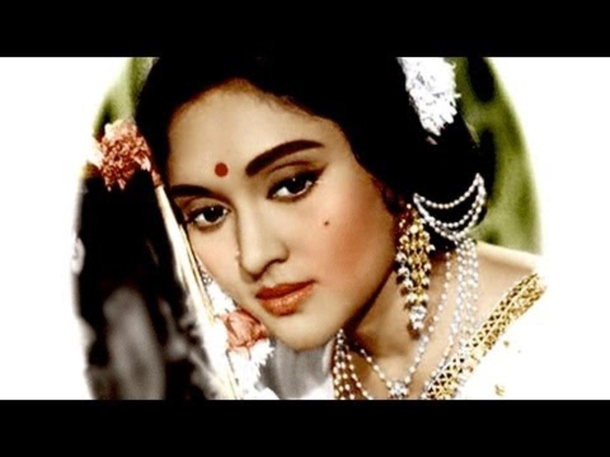 Vyjayanthimala; the beautiful actress of Bollywood during 1950-1970