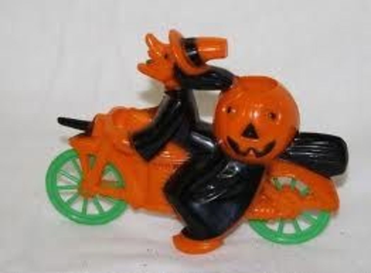 Rosbro Plastics Halloween Witch