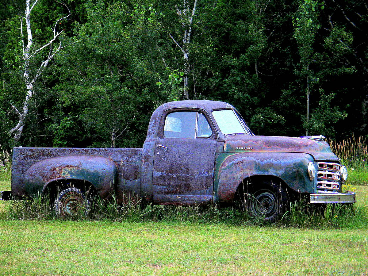 Was this a purple pickup with green primer or a green pickup with purple primer?