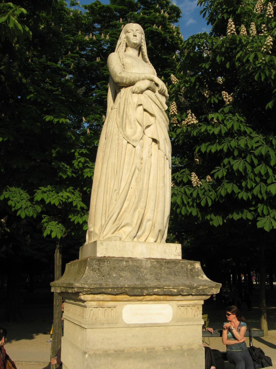 Statue in the Jardin du Luxembourg