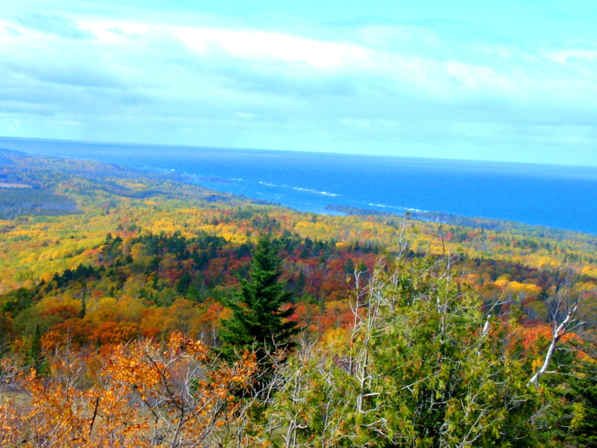 View of Lake Superior shoreline from Brockway Mountain on the Keweenaw Peninsula of Michigan's Upper Peninsula.