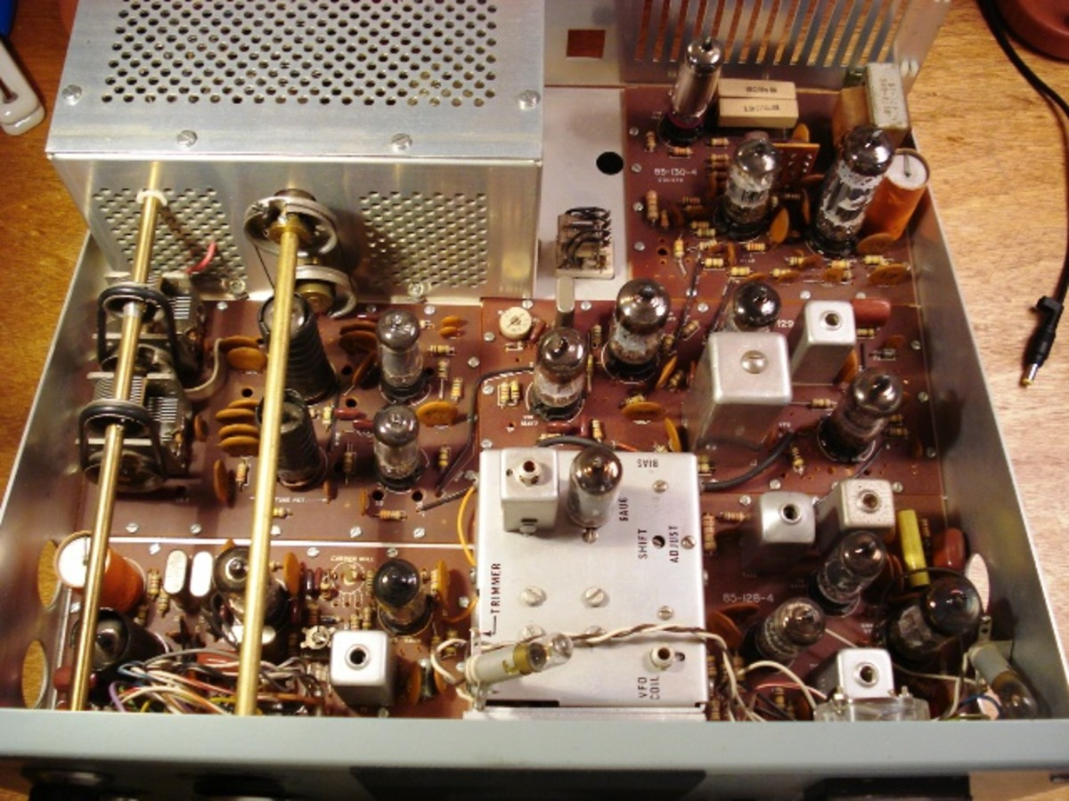HeathKit Model - Inside the Radio