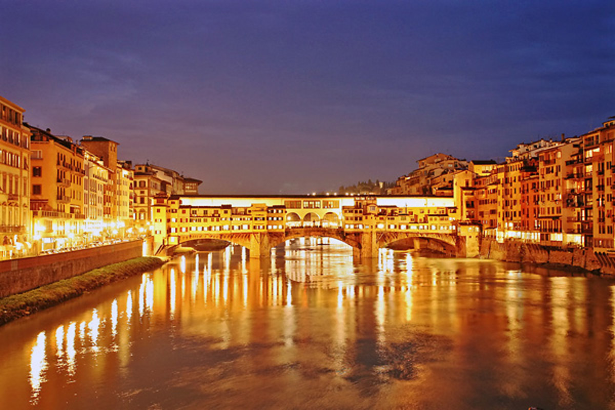 Ponte Vecchio spanning the Arno River, Florence, Italy.