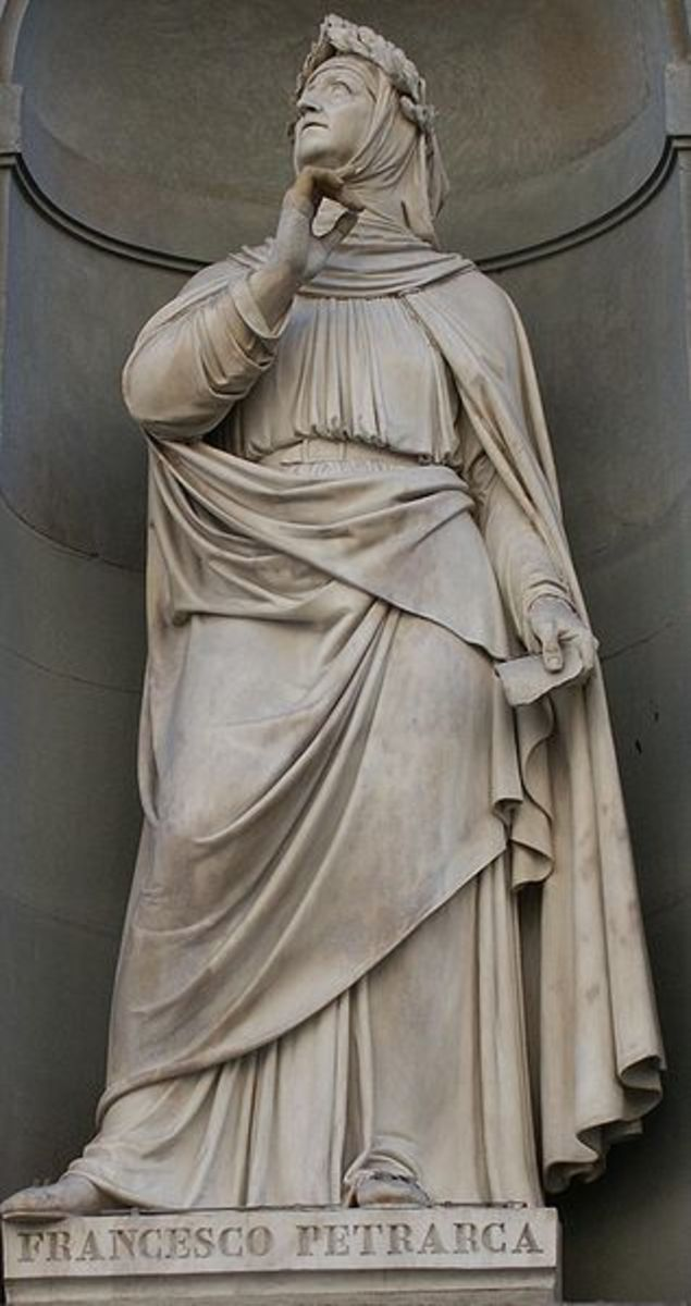 Statue of Francesco Petrarca that stands on the Uffizi Gallery in Florence, Italy.