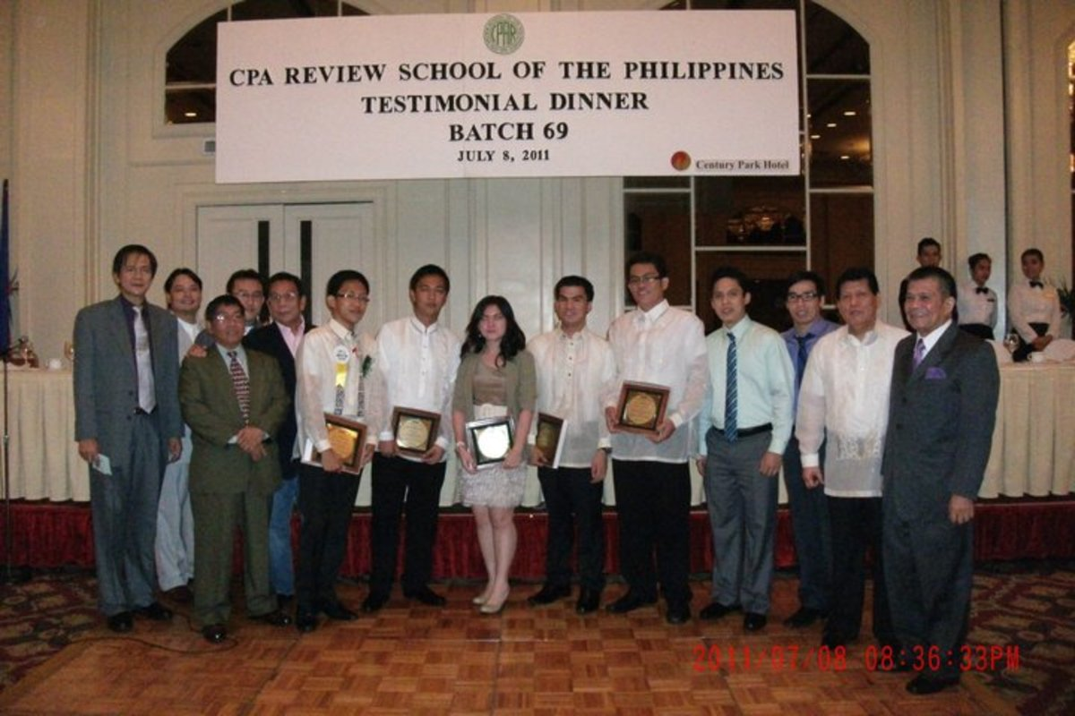Testimonial dinner of CPA Board Passers and Topnotchers with renowned reviewer and book author, Conrado Valix (2nd person from the right).
