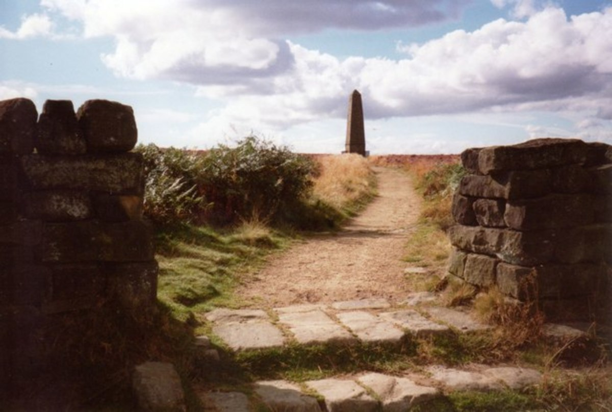 Nearing Captain Cook's Monument on Easby Moor from the south with early evening shadows lengthening