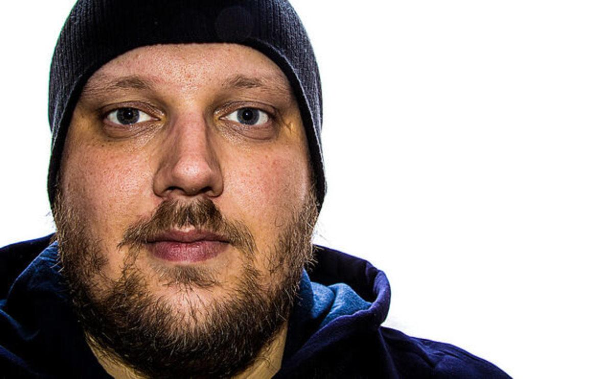 Dennis Skley, self portrait in color