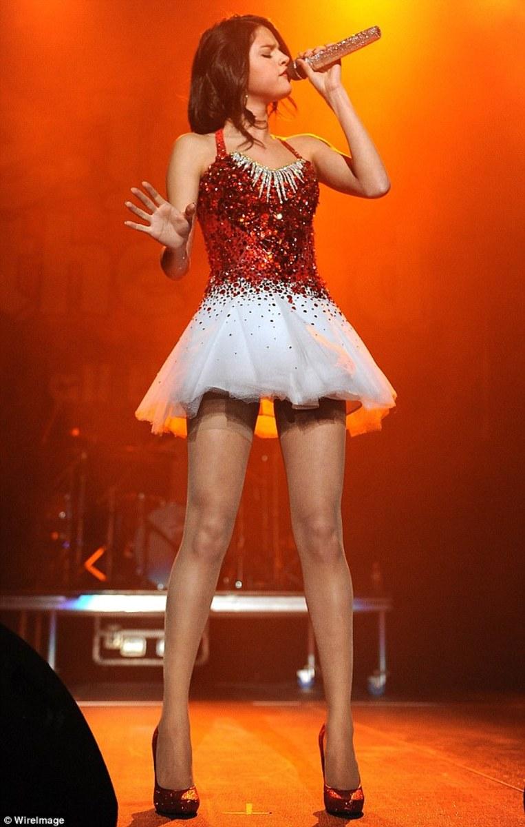 Selena Gomez Thin Pics