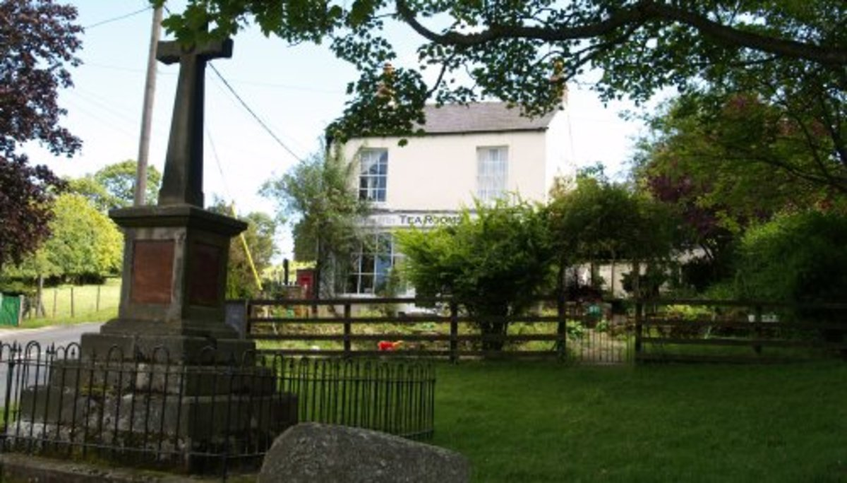 Alternative starting and finishing point, the Old Post Office Tearoom in Commondale village