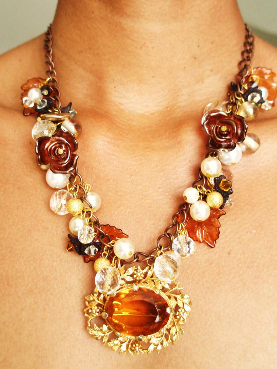 Her and her fancy-schmancy necklace. Feh!