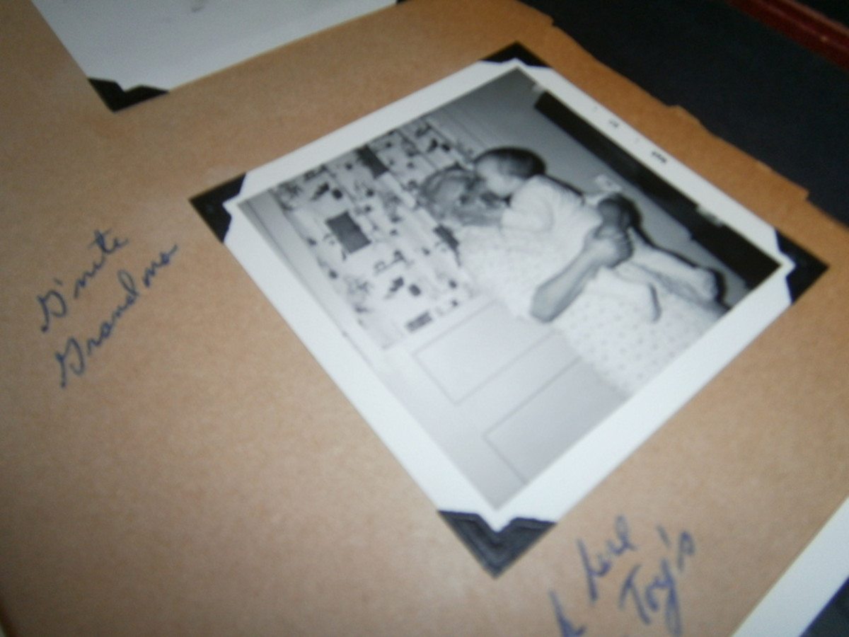 the-value-and-importance-of-keeping-a-family-photograph-album
