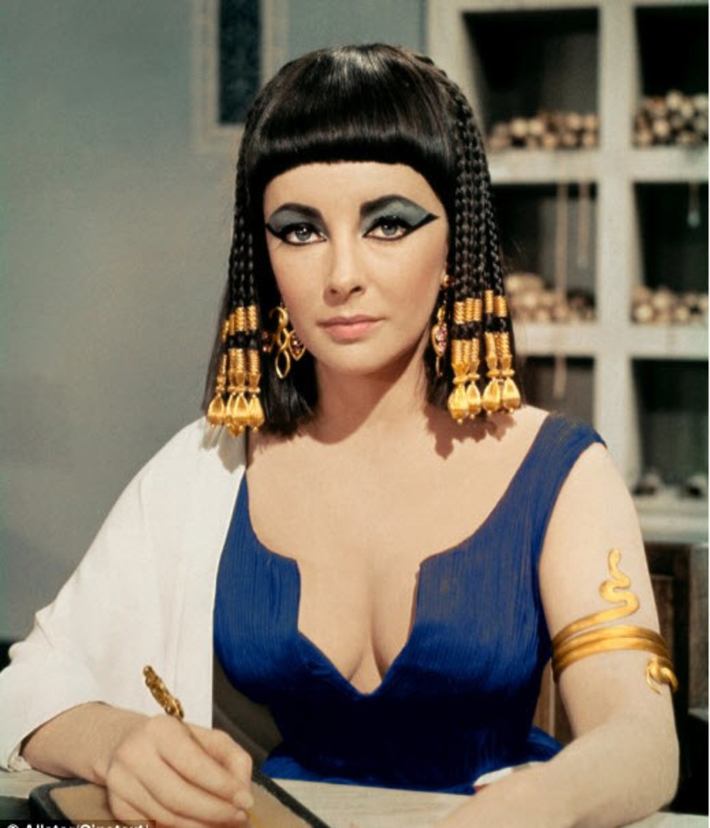 Cleopatra was born in 69 B.C. in Alexandria, Egypt. She died August 12, 30 B.C.  This hairstyle is her brand.