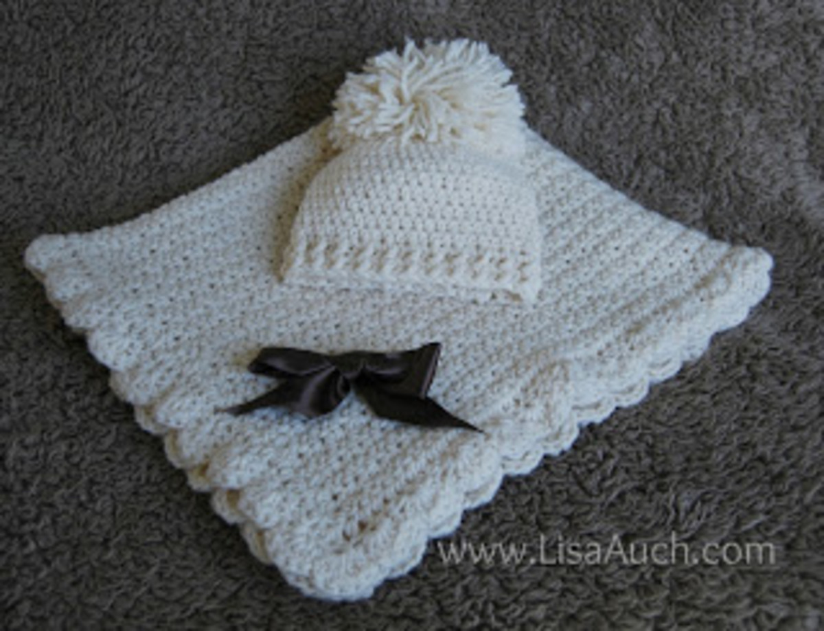 Baby hat and blanket set