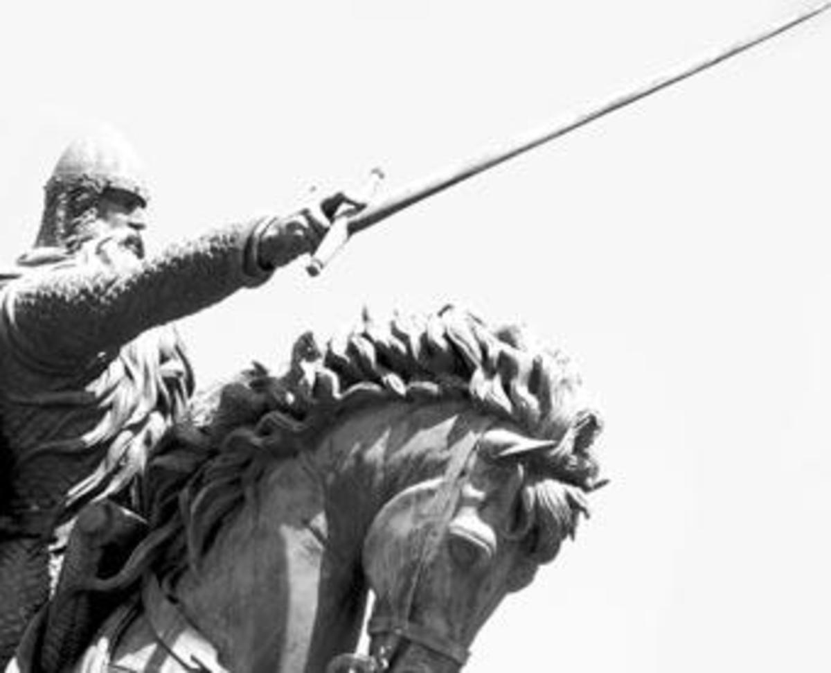 Statue of El Cid in Burgos, Spain.
