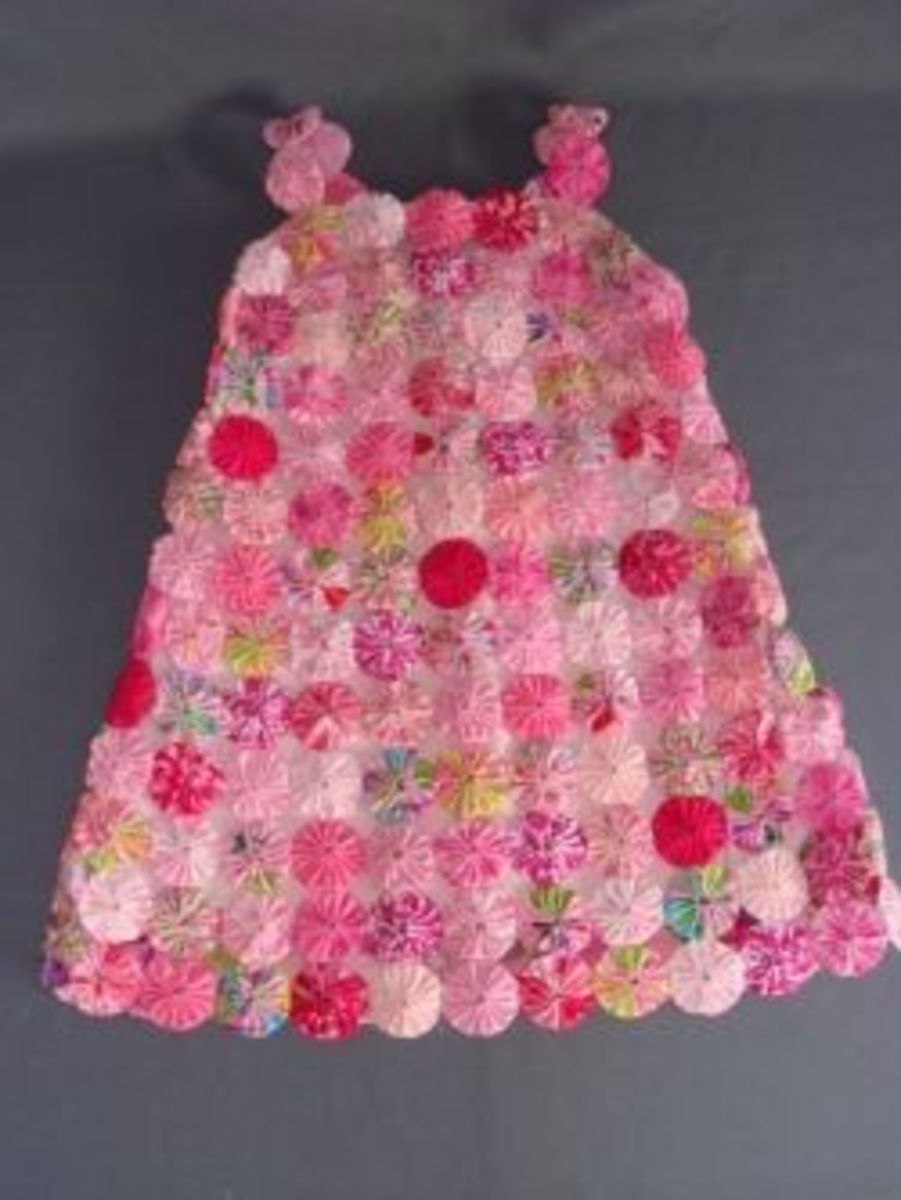 Fabric YoYo Dress via Craftster.org
