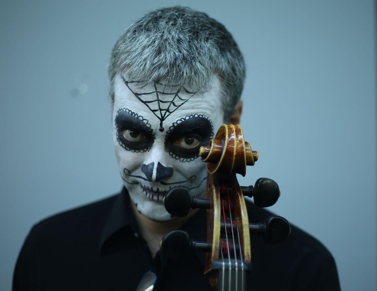 dia-de-los-muertos-sugar-skull-costume