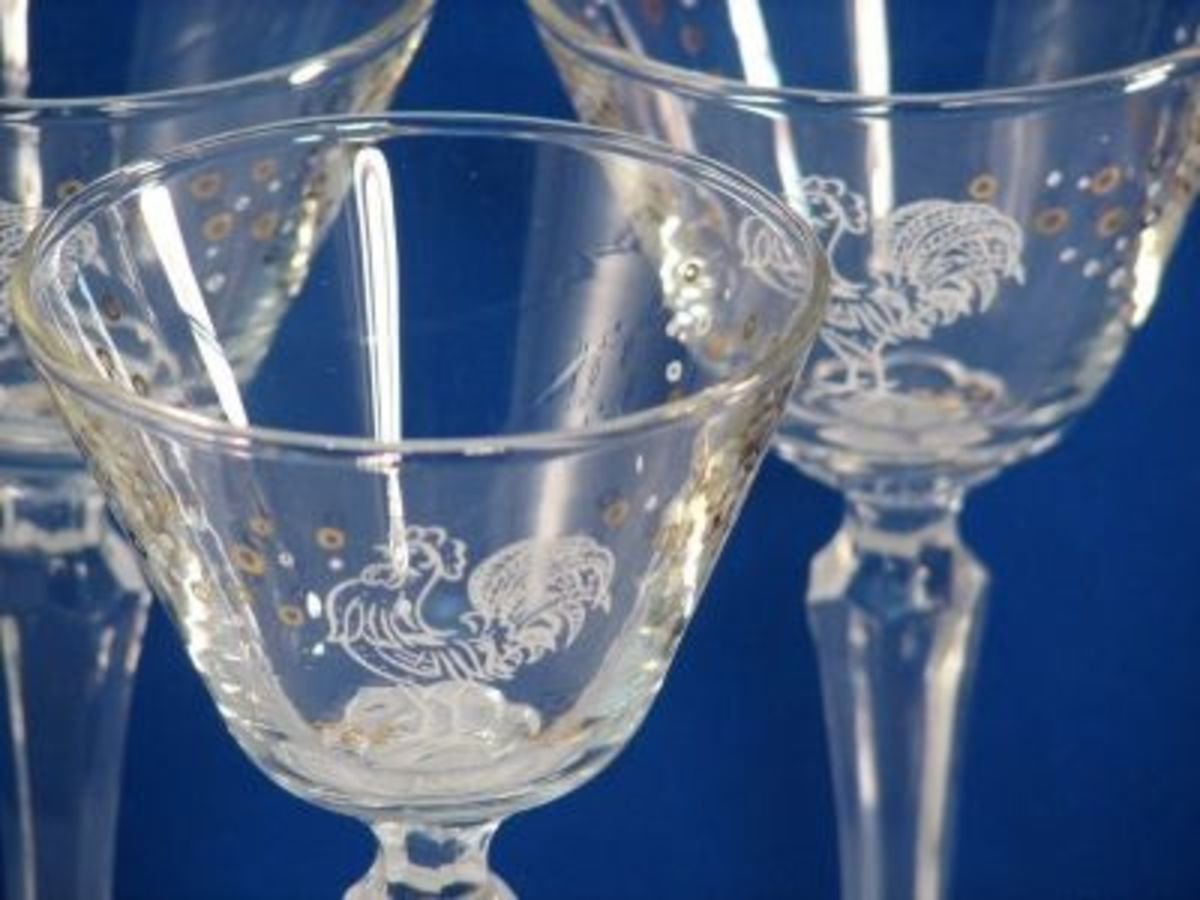 Vintage Rooster Glassware - Small and sweet - Maker undetermined