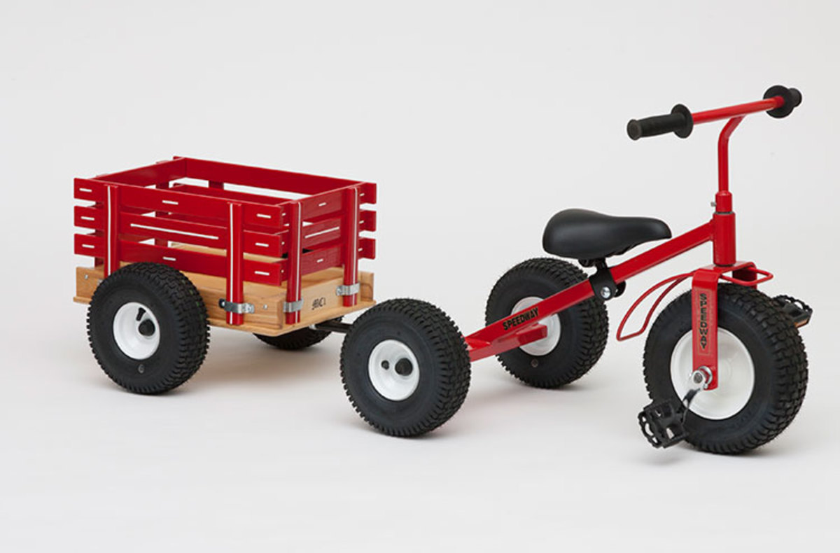 Small kids tricycle and trailer