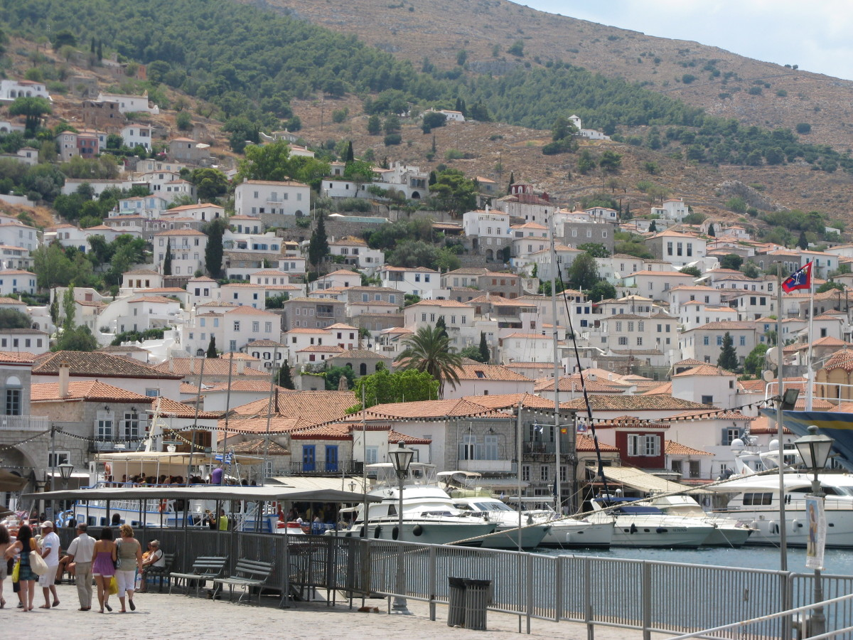 Private yachts at the port of Hydra.