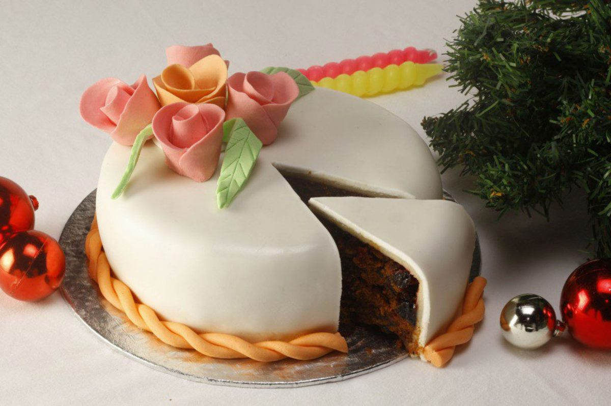 Rich Cake with almond paste