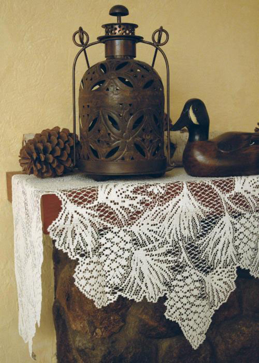 Woodland Mantel Lace