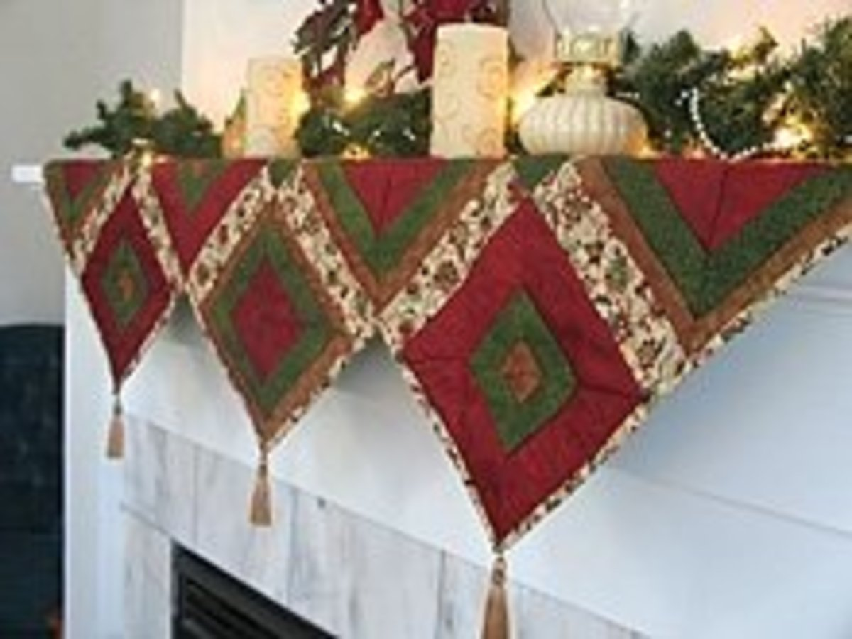 Triangle Christmas Mantle Pattern