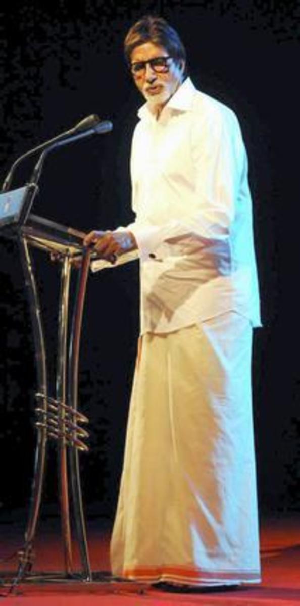 The famous film star Amitab Bachchan in Kerala traditional dress