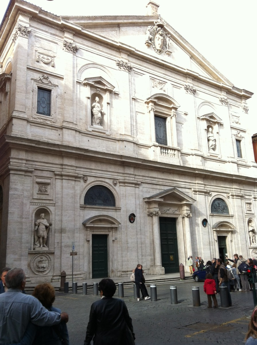 The facade of the church San Luigi dei Francesi by architects  Giacomo della Porta and Carlo Fontana 1550-1580.  Below are the statues of Charlemagna and St Louis, above are ther statues of St. Clotilde and St Jeanne de Valois