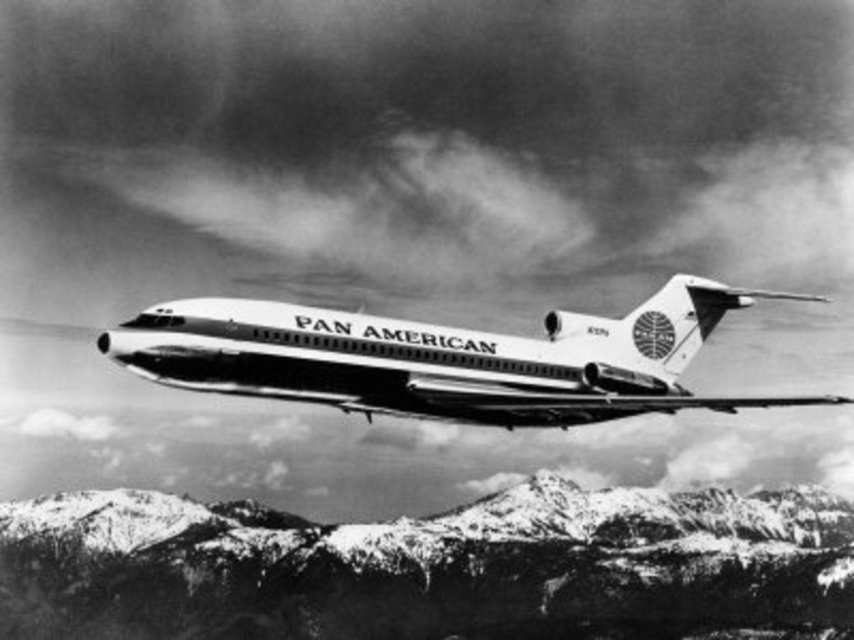Airline Workhorse: The Boeing 727 Tri-Jet
