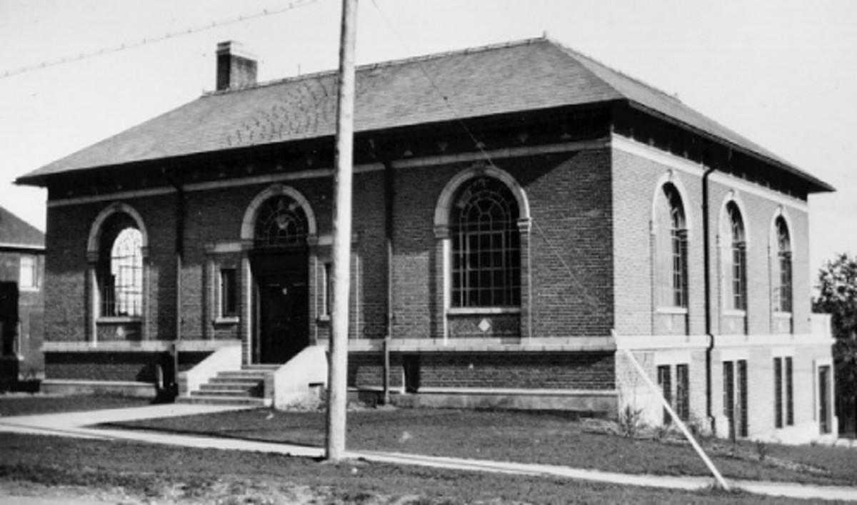 The old Carnegie Library building. Refurbished and now the current home of the MacLaren Art Centre.