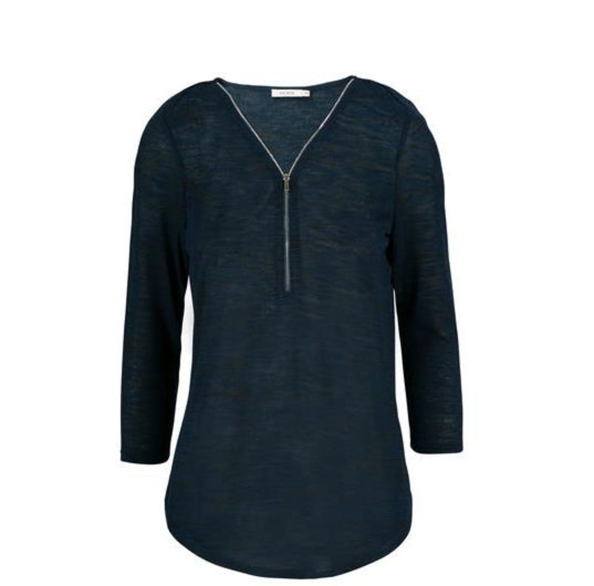 3/4 sleeve top with adjustable zipper neckline