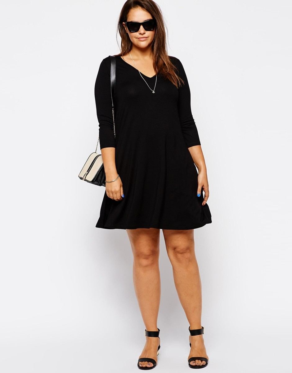 basic relaxed jersey swing dress with V-neckline